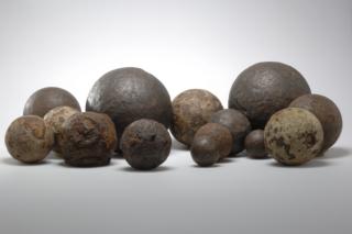 CG Vestingmuseum Nieuweschans Kanonskogels ADN3560 00005@7360 8bit 300dpi web
